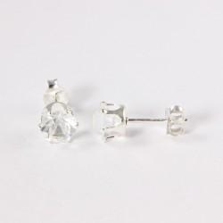 Ohrstecker  kristallfarbiger Zirkonia 6mm in Silber eingefasst