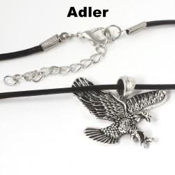 Adler Kettenanhänger an Lederhalskette