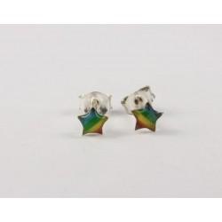 Ohrstecker Stern , Regenbogenfarben grün in Silber eingefasst